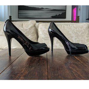 STUART WEITZMAN Patent Leather Peep-Toe Pu…